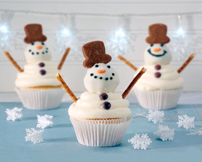 Frosty Snowman Cupcakes