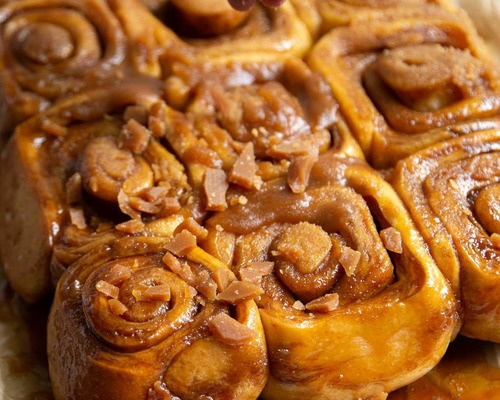 toffee sticky buns
